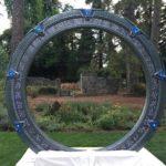 El matrimonio frente a un Stargate