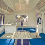 Gladere Camper: Storslått retro campingvogn med fleksibelt interiør