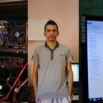 A Cuba, la condivisione illegale di file funzione senza Internet