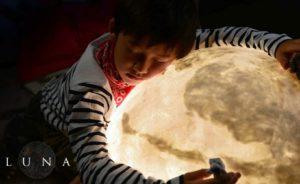 Maan: De maan als een lamp