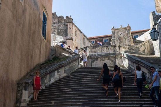 Dubrovnik: Escalera barroca - Avergonzar Escena