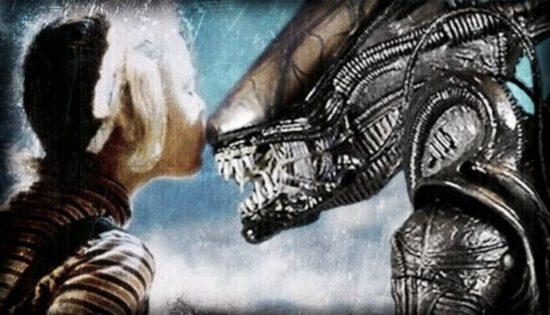 Alien ist ET