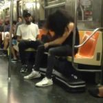 Métal Air Drumming in der U-Bahn