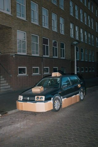 "Guerrilla Ajuste del coche: Nachts heimlich Autos mit Pappe ""pimpen"""