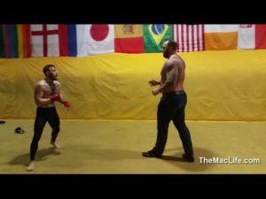 MMA-Kämpfer versucht The Mountain aus Game of Thrones umzuhauen