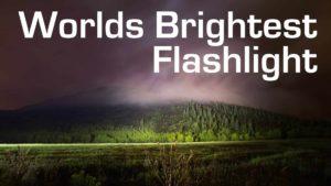 Taschenlampe mit 1000W und 90'000 Lumen