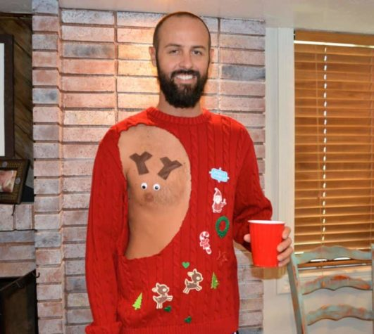 Sexy Ugly jul Sweater