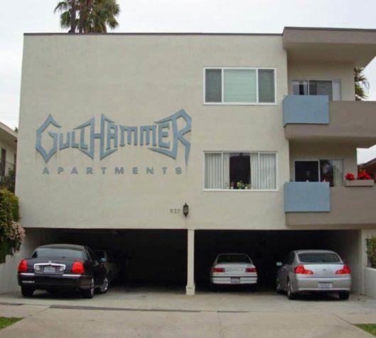 Black Metal Appartements
