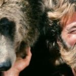 "Grizzly Adams: ""Der Mann in den Bergen"" dog"