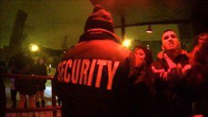 Arsch vom Dienst: Vigilia di Capodanno di un portiere