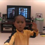 Little boy perfectly imitates Bruce Lee