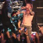 """Os membros do Slipknot, Grave, Slayer e Motorhead como perigosos """"Metal Allegiance"""" ontem no palco em West Hollywood"""