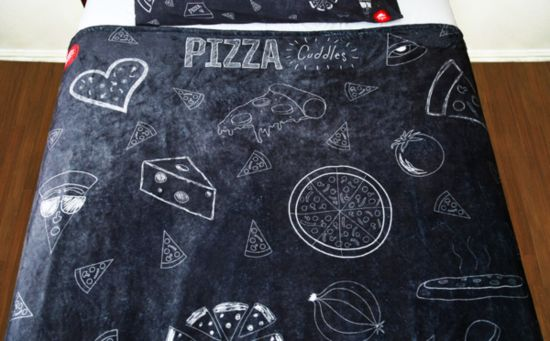 Stay Cheesy: Pizza Hut Pizza makes Fashion