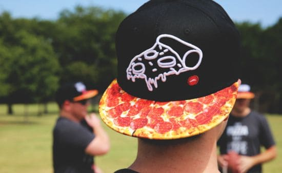 Hold deg Cheesy: Pizza Hut Pizza gjør Fashion