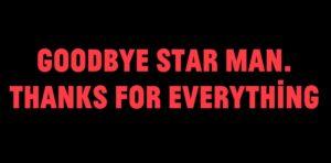 """o 500 Menschen singen David Bowies """"Space Oddity"""""""
