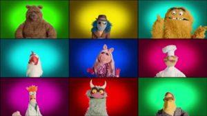 """Die Muppets singen das Intro zu """"The Muppet Show"""" se"""