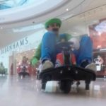 Mario Kart flashmob i Shopping Center