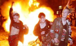 Happy 40th Birthday Punk! Malcolm McLarens Sohn will seine Punksammlung verbrennen