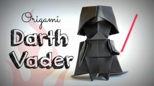 Hvordan å kaste en origami Darth Vader