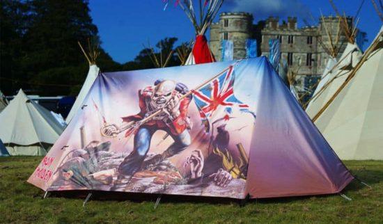 Das Iron Maiden Zelt für ganz harte Open Air Besucher