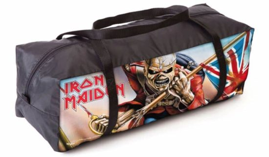 La tenda Iron Maiden per molto difficili Open Air Visitatori