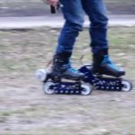 Motorized off-road rollerblades