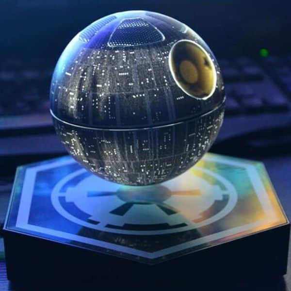 gratis Floating, lichtgevende Death Star Speaker