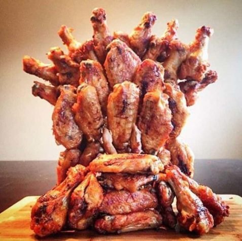 "Der & quot; Games of Thrones"" Iron Throne maasta Chicken Wings"