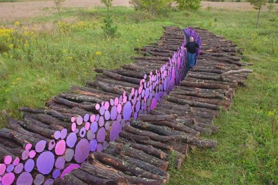 Michael McGillis peint le monde coloré