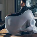 Ein Schädel-Sessel für den inneren Schurken in dir