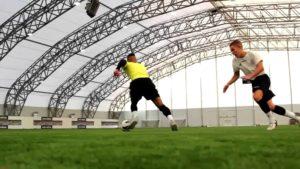 Ungewöhnliche Fussball-Tricks im Höchsttempo