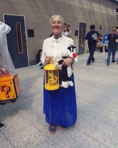 Sen Never Too Old Cosplay Are!