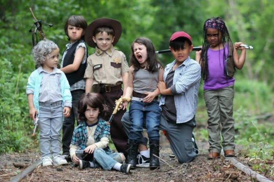 "Kids scènes van de & quot; The Walking Dead"" Na"