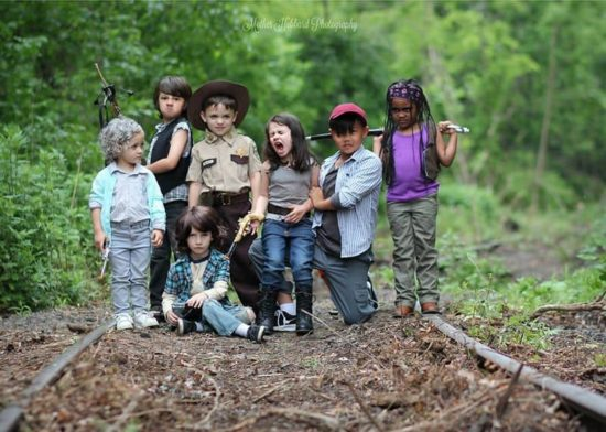 """Kids scenes from & quot; The Walking Dead"""" After"""