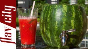Wassermelonen-Fass mit Zapfhahn