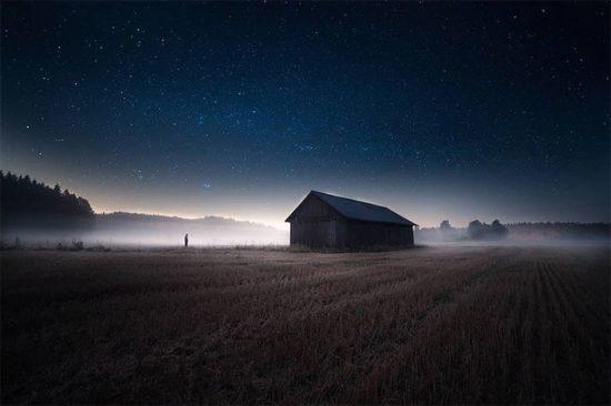 Les beaux paysages de nuit de Mika Suutari