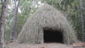 How to build a grass hut