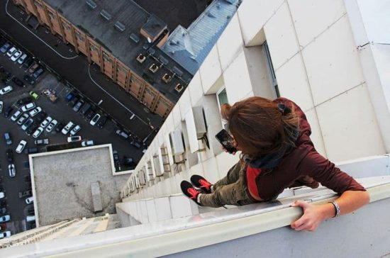 This Russian girl makes the most dangerous selfies ever