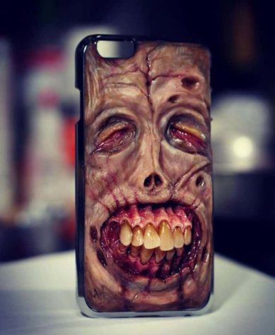 Cases Smartphone Creepy de l'enfer Morgan Loebel