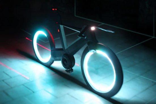 Cyclotron: The futuristic bike in Tron look