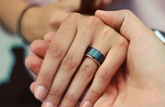 A ring makes you feel the heartbeat of your partner