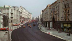 Wie 32'000 m² Strasse an einem Tag entstehen