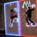 battaglia Climball: Come gioca d'azzardo il videogioco classico Pong sulla parete di arrampicata