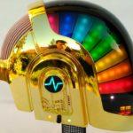 Den perfekten Daft Punk-Helm selbst gebaut in 2 Jahren