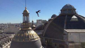 Parcour über den Dächern von Paris
