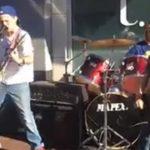 perfeito 18 Minutos Metallica Medley interpretado por adolescentes