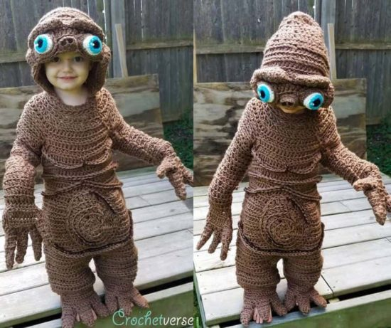 Mutti crochets E.T. Costume
