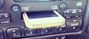 Meine iPhone Dockingstation im Auto funktioniert nicht
