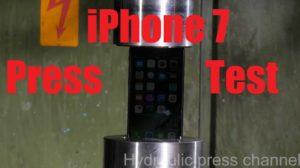 Das iPhone 7 in der Hydraulikpresse