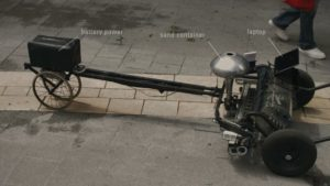 Skryf er en robot, ordene med Sand skriver